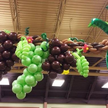 Grape vine and palms