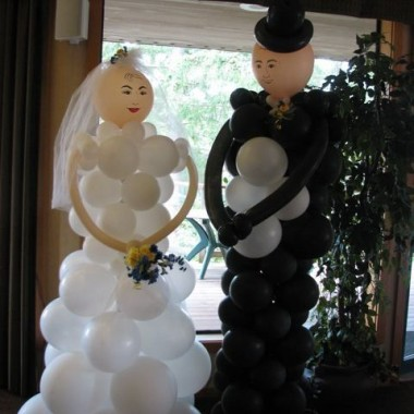 Fairwinds Bride and Groom (life size)