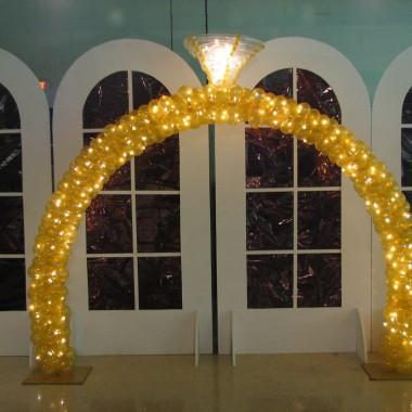 Diamond Ring Arch
